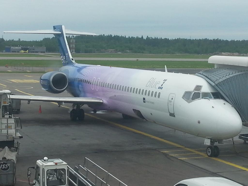 Boeing 717. De los pocos que quedan moviendo pasajeros!