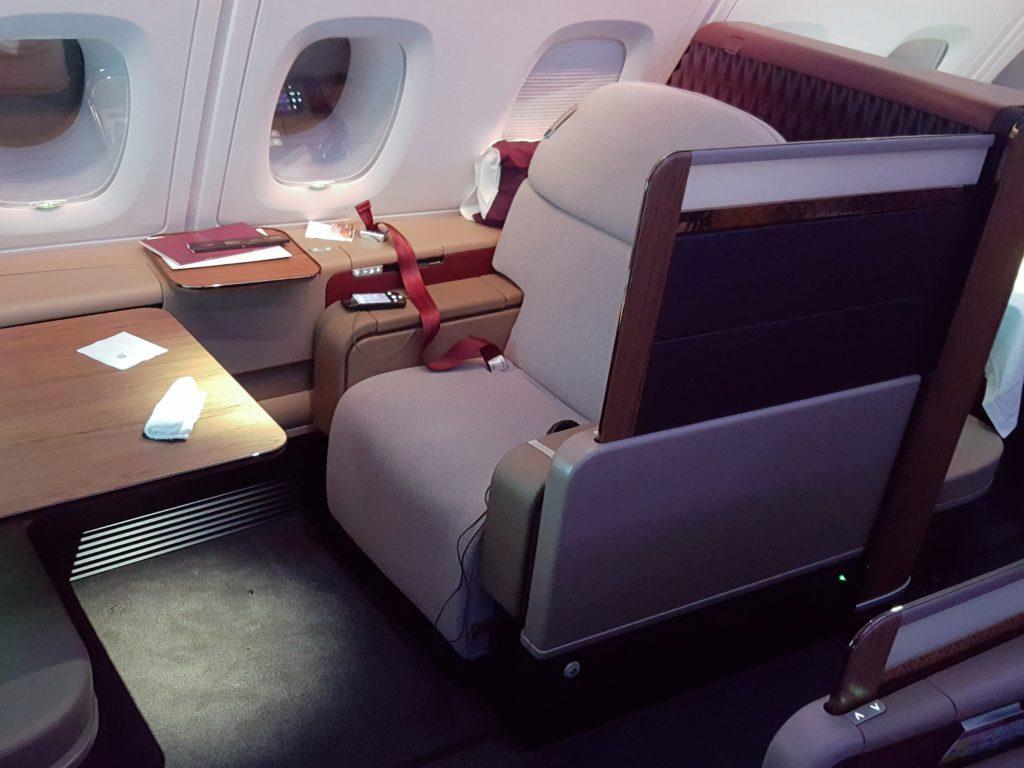 qatar-airways-cdg-doh-primera-clase-a380-172349