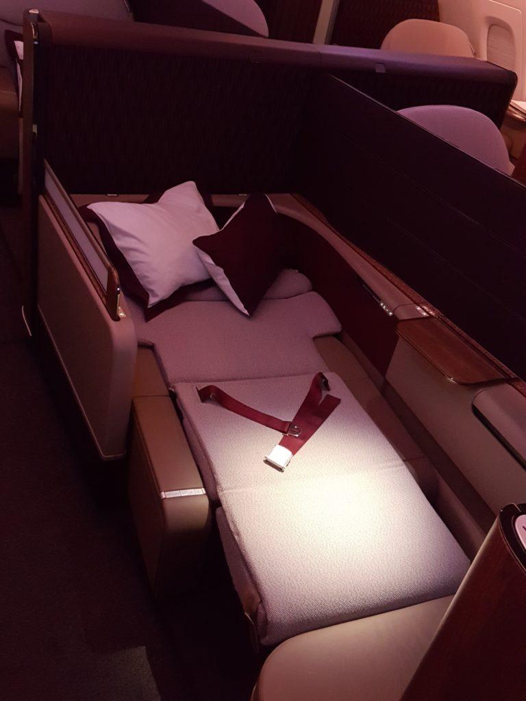 qatar-airways-cdg-doh-primera-clase-a380-172516